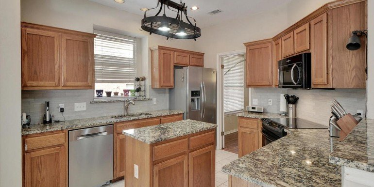 3108-lomita-dr-mls_size-015-27-kitchen-and-breakfast-01-1024x768-72dpi