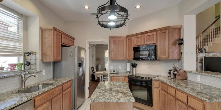 3108-lomita-dr-mls_size-016-22-kitchen-and-breakfast-02-1024x768-72dpi