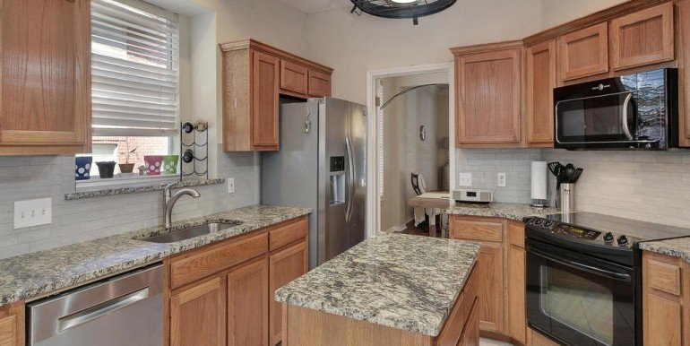 3108-lomita-dr-mls_size-017-11-kitchen-and-breakfast-03-1024x768-72dpi
